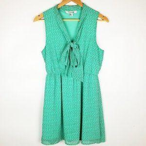 Forever 21 Medium Green Sleeveless Dress
